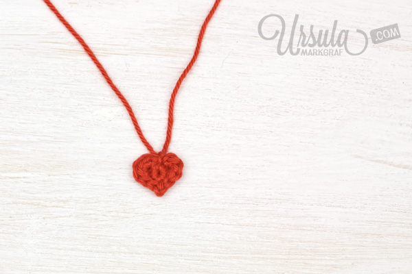 Crochet tiny heart