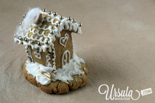 Do you want to see my tiny gingerbread house?